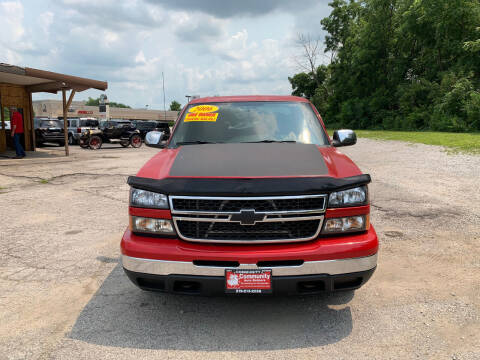 2006 Chevrolet Silverado 1500 for sale at Community Auto Brokers in Crown Point IN