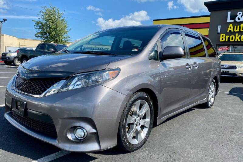 2011 Toyota Sienna for sale at L & S AUTO BROKERS in Fredericksburg VA
