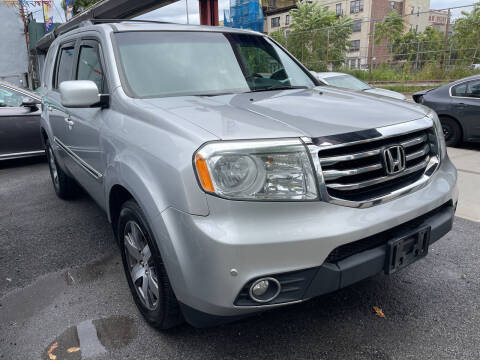 2013 Honda Pilot for sale at Gallery Auto Sales in Bronx NY