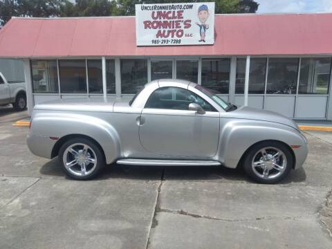 2005 Chevrolet SSR for sale at Uncle Ronnie's Auto LLC in Houma LA