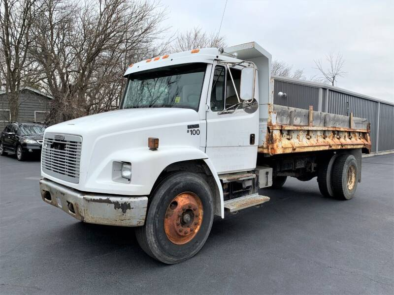 1996 Freightliner FL70 for sale at SAINT CHARLES MOTORCARS in Saint Charles IL