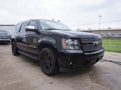 2009 Chevrolet Suburban for sale at BLUE RIBBON MOTORS in Baton Rouge LA