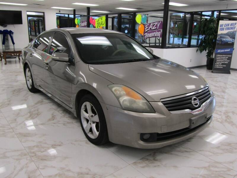 2007 Nissan Altima for sale at Dealer One Auto Credit in Oklahoma City OK