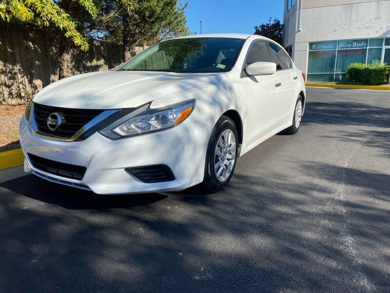 2016 Nissan Altima for sale at Super Bee Auto in Chantilly VA