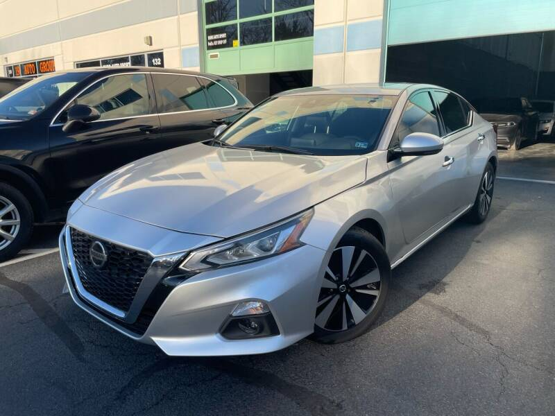 2019 Nissan Altima for sale at Best Auto Group in Chantilly VA