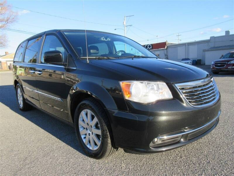 2016 Chrysler Town and Country for sale at Cam Automotive LLC in Lancaster PA