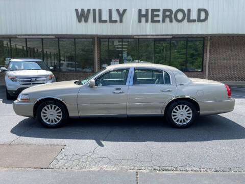 2005 Lincoln Town Car for sale at Willy Herold Automotive in Columbus GA