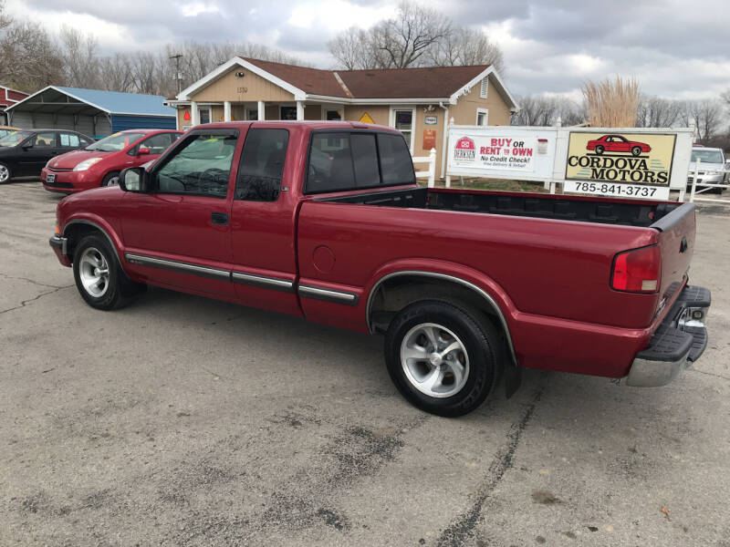 2000 Chevrolet S-10 2dr LS Extended Cab SB - Lawrence KS