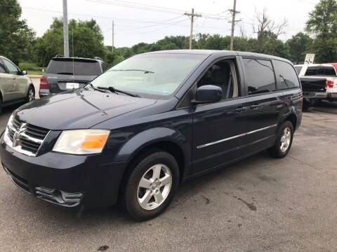 2008 Dodge Grand Caravan for sale at Auto Choice in Belton MO