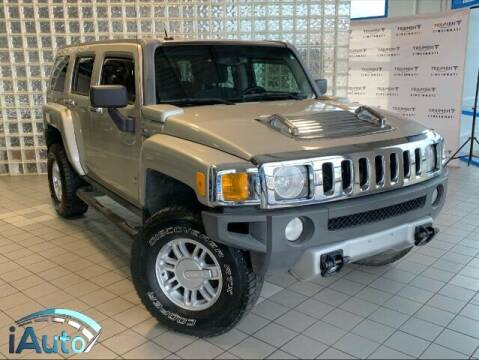 2008 HUMMER H3 for sale at iAuto in Cincinnati OH