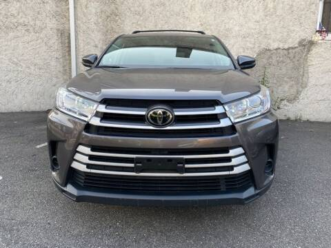2018 Toyota Highlander for sale at Buy Here Pay Here Auto Sales in Newark NJ