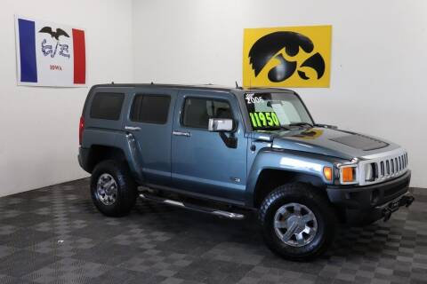 2006 HUMMER H3 for sale at Carousel Auto Group in Iowa City IA