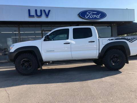 2015 Toyota Tacoma for sale at Luv Motor Company in Roland OK