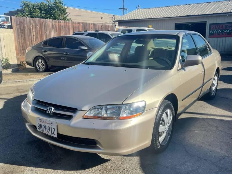 2000 Honda Accord for sale at River City Auto Sales Inc in West Sacramento CA