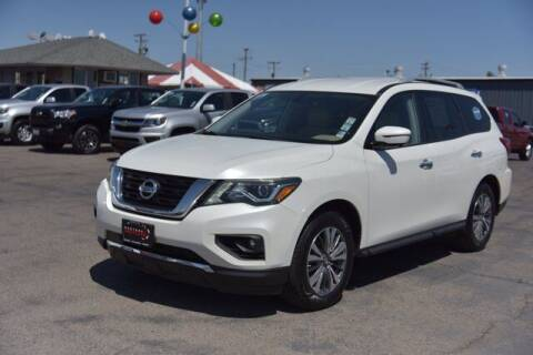 2017 Nissan Pathfinder for sale at Choice Motors in Merced CA