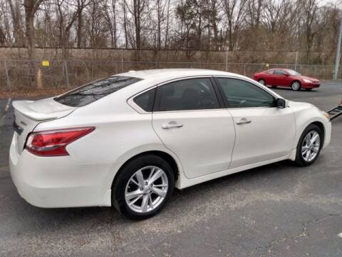 2015 Nissan Altima for sale at AFFORDABLE DISCOUNT AUTO in Humboldt TN