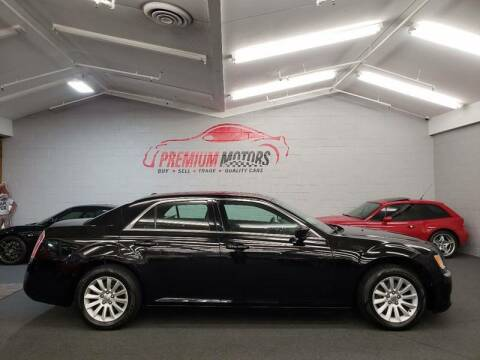 2013 Chrysler 300 for sale at Premium Motors in Villa Park IL