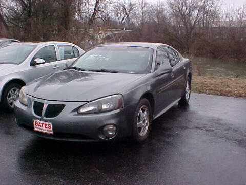 2004 Pontiac Grand Prix for sale at Bates Auto & Truck Center in Zanesville OH
