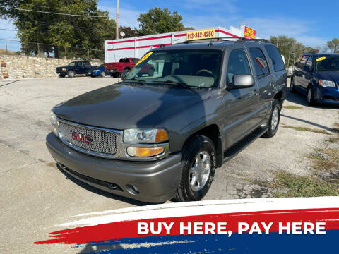 2005 GMC Yukon for sale at Central Auto Credit Inc in Kansas City KS