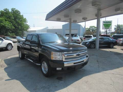 2009 Chevrolet Silverado 1500 for sale at Perfection Auto Detailing & Wheels in Bloomington IL