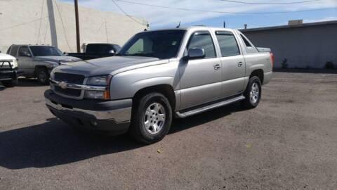 2005 Chevrolet Avalanche for sale at Advantage Motorsports Plus in Phoenix AZ