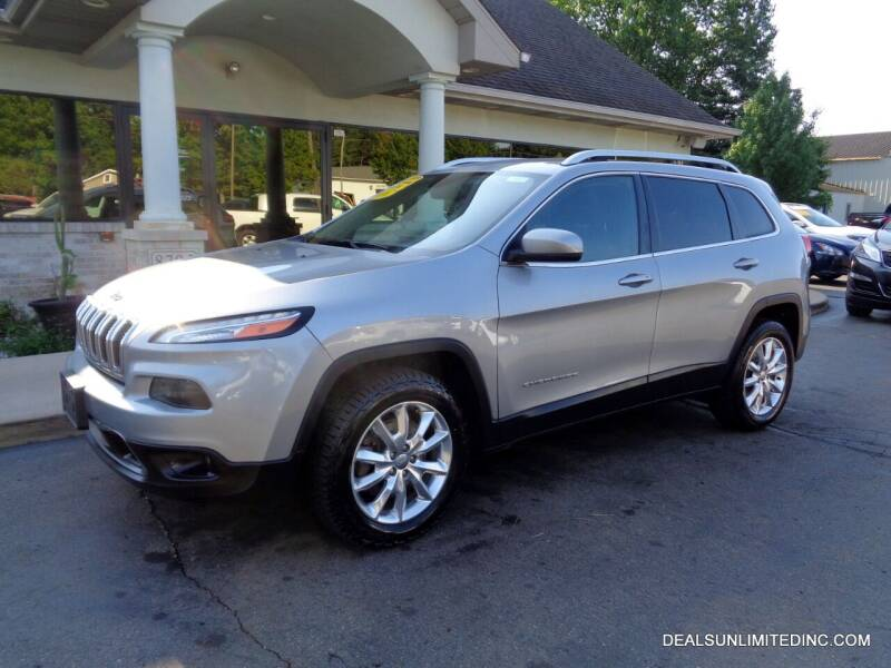 2016 Jeep Cherokee for sale at DEALS UNLIMITED INC in Portage MI