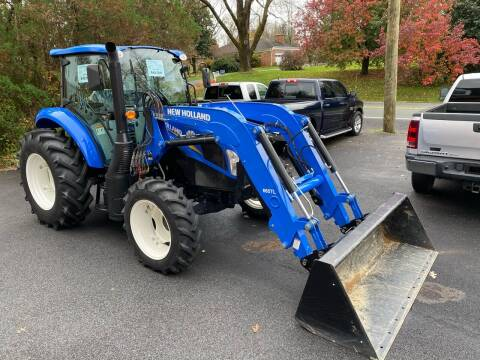 2017 New Holland T4.90