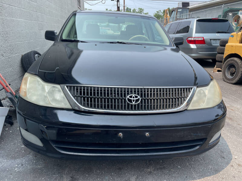 2002 Toyota Avalon for sale at Blue Star Cars in Jamesburg NJ