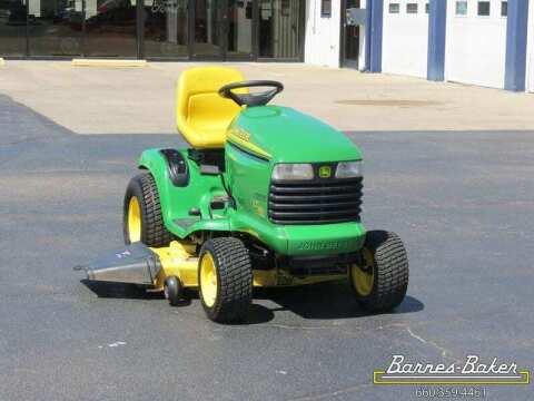 2005 John Deere LT 190 Tractor
