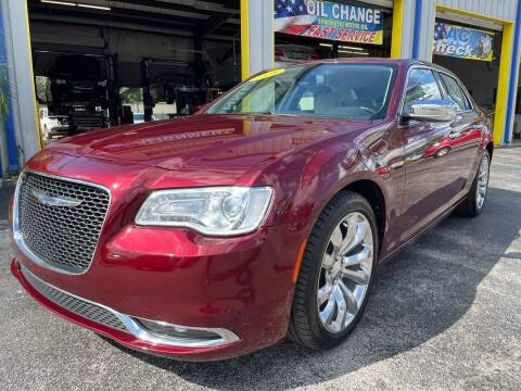 2018 Chrysler 300 for sale at RoMicco Cars and Trucks in Tampa FL