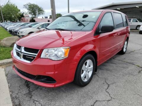 2013 Dodge Grand Caravan for sale at Lakeshore Auto Wholesalers in Amherst OH