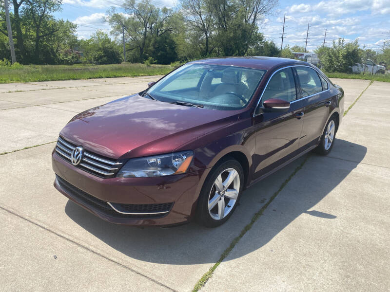 2013 Volkswagen Passat for sale at Mr. Auto in Hamilton OH