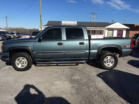 2006 Chevrolet Silverado 1500 for sale at TAVERN MOTORS in Laurens SC