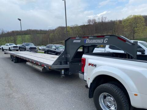 2018 Diamond C Trailer 40' Flat Gooseneck for sale at Griffith Auto Sales in Home PA