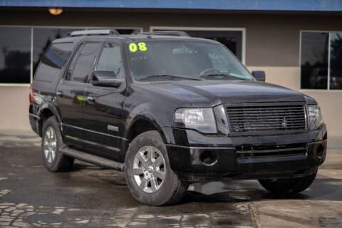 2008 Ford Expedition for sale at AUTO NATIX in Tulare CA