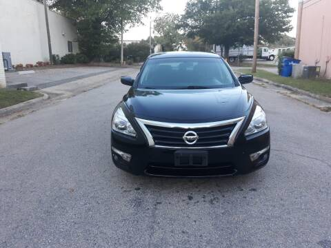 2015 Nissan Altima for sale at Horizon Auto Sales in Raleigh NC