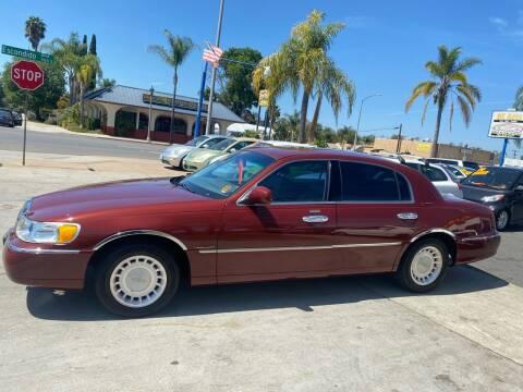 2000 Lincoln Town Car for sale at 3K Auto in Escondido CA