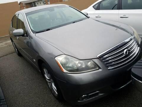 2009 Infiniti M35 for sale at Glory Auto Sales LTD in Reynoldsburg OH