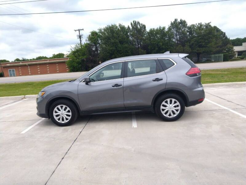 2017 Nissan Rogue S 4dr Crossover (midyear release) - Mckinney TX