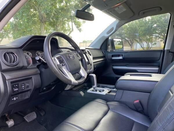 2014 Toyota Tundra GREAT DEAL SR5 VERSION - Fort Lauderdale FL