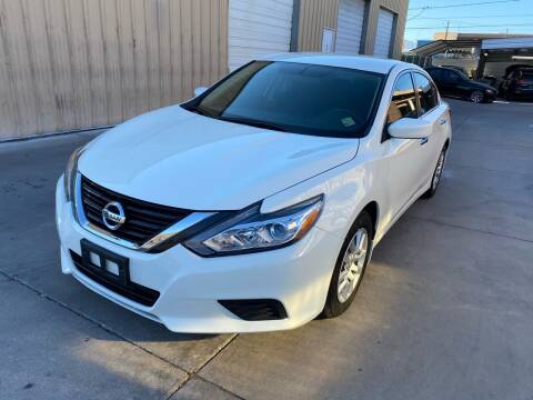 2018 Nissan Altima for sale at CONTRACT AUTOMOTIVE in Las Vegas NV