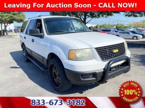 2004 Ford Expedition for sale at Glenbrook Dodge Chrysler Jeep Ram and Fiat in Fort Wayne IN
