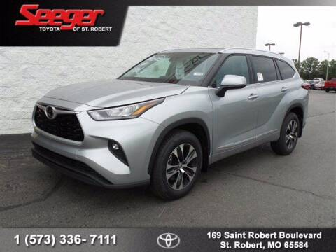 2020 Toyota Highlander for sale at SEEGER TOYOTA OF ST ROBERT in St Robert MO