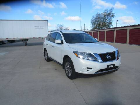 2014 Nissan Pathfinder for sale at Perfection Auto Detailing & Wheels in Bloomington IL