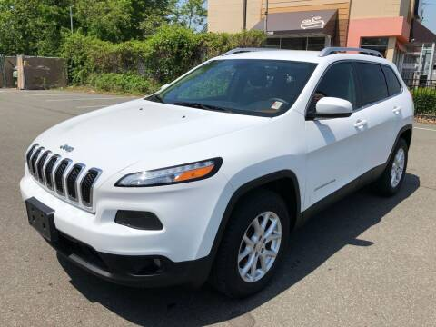 2015 Jeep Cherokee for sale at MAGIC AUTO SALES - Magic Auto Prestige in South Hackensack NJ
