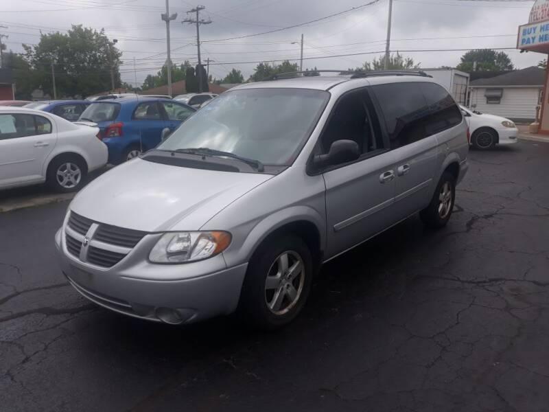2005 Dodge Grand Caravan for sale at Flag Motors in Columbus OH