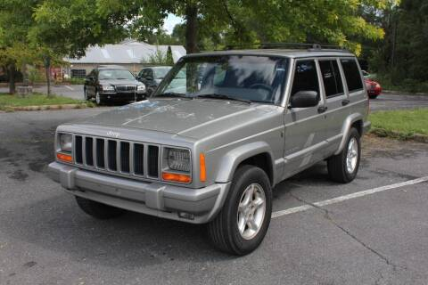 2001 Jeep Cherokee for sale at Auto Bahn Motors in Winchester VA