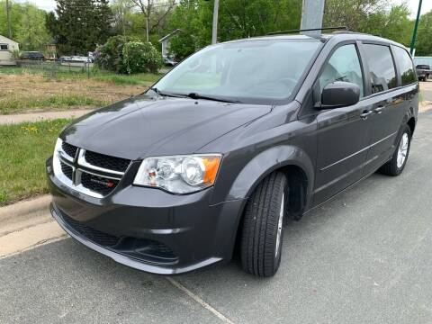 2015 Dodge Grand Caravan for sale at ONG Auto in Farmington MN