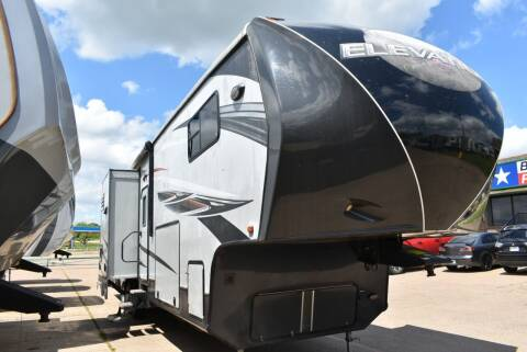 2013 Crossroads Elevation 4012 for sale at Buy Here Pay Here RV in Burleson TX