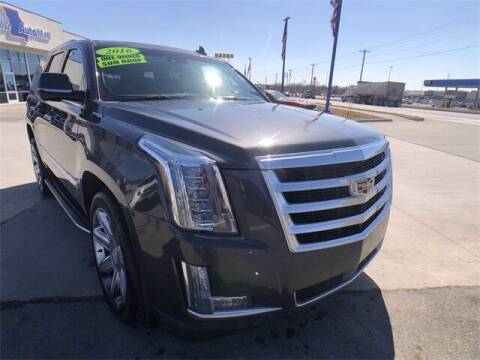 2016 Cadillac Escalade for sale at Show Me Auto Mall in Harrisonville MO